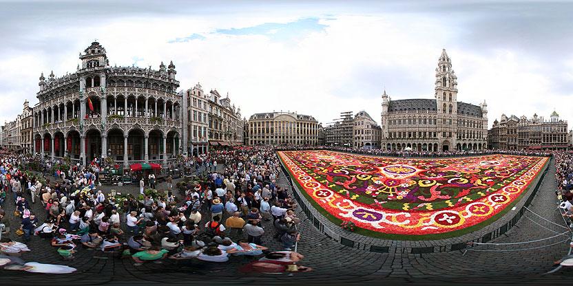 Tapis de Fleurs (fini) sur la Grand Place, Bruxelles