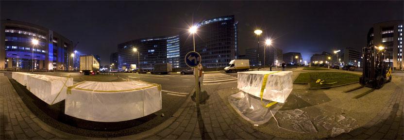 Action Time to lead sur le rond point Shuman, Bruxelles